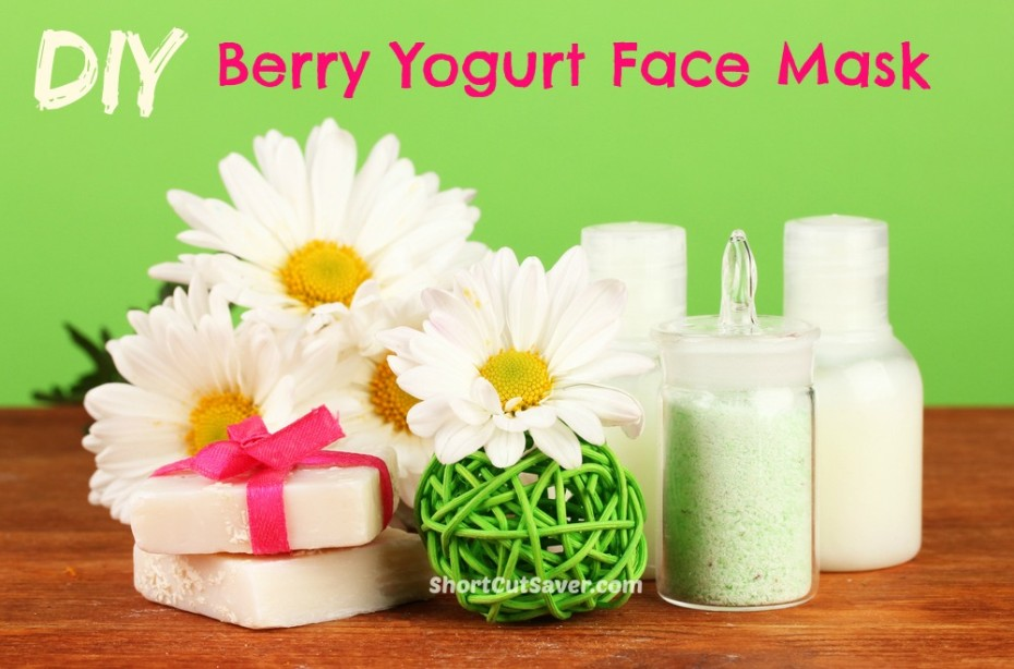 DIY Berry Yogurt Face Mask