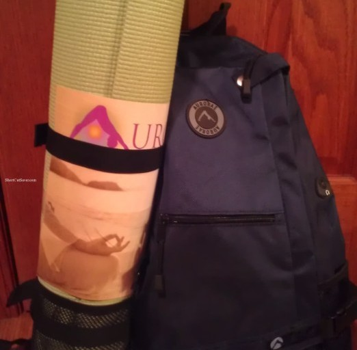 Aurorae Classic Yoga Mat, Sling Backpack, and 100% Soy Pledge Candle Review