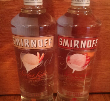 Smirnoff Sorbet Vodka Introduces New Low Calorie White Peach and Summer Strawberry Flavors
