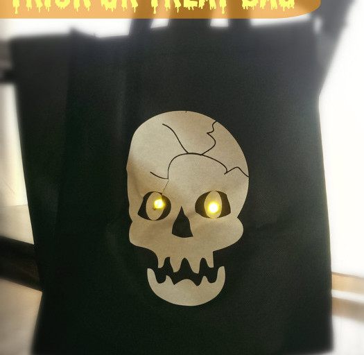 DIY Spooky Light-Up Trick or Treat Bag