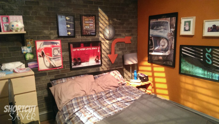 bedroom on the set of baby daddy