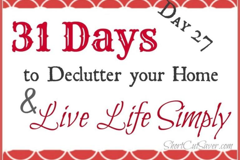 31 Days to Declutter Your Home & Live Life Simply: Refrigerator (Day 27)