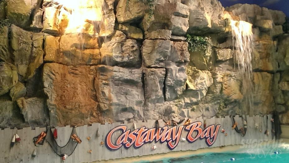 castaway-bay-wave-pool-930x526
