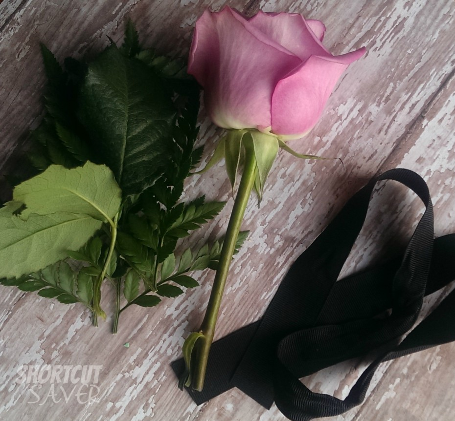boutonniere supplies