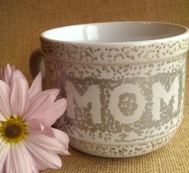 DIY Mother's Day Sharpie Mug