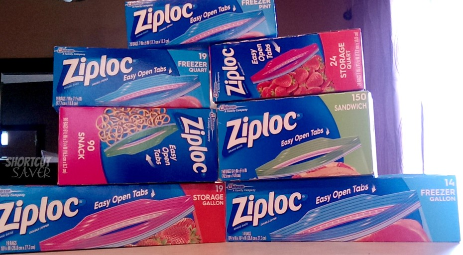 Summer Organization Tips For The Pool With New Ziploc