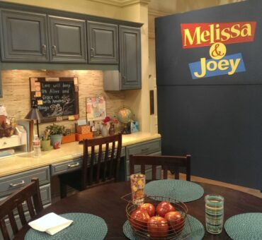 Exclusive Behind the Scenes with Melissa and Joey #ABCFamilyEvent #MelissaandJoey