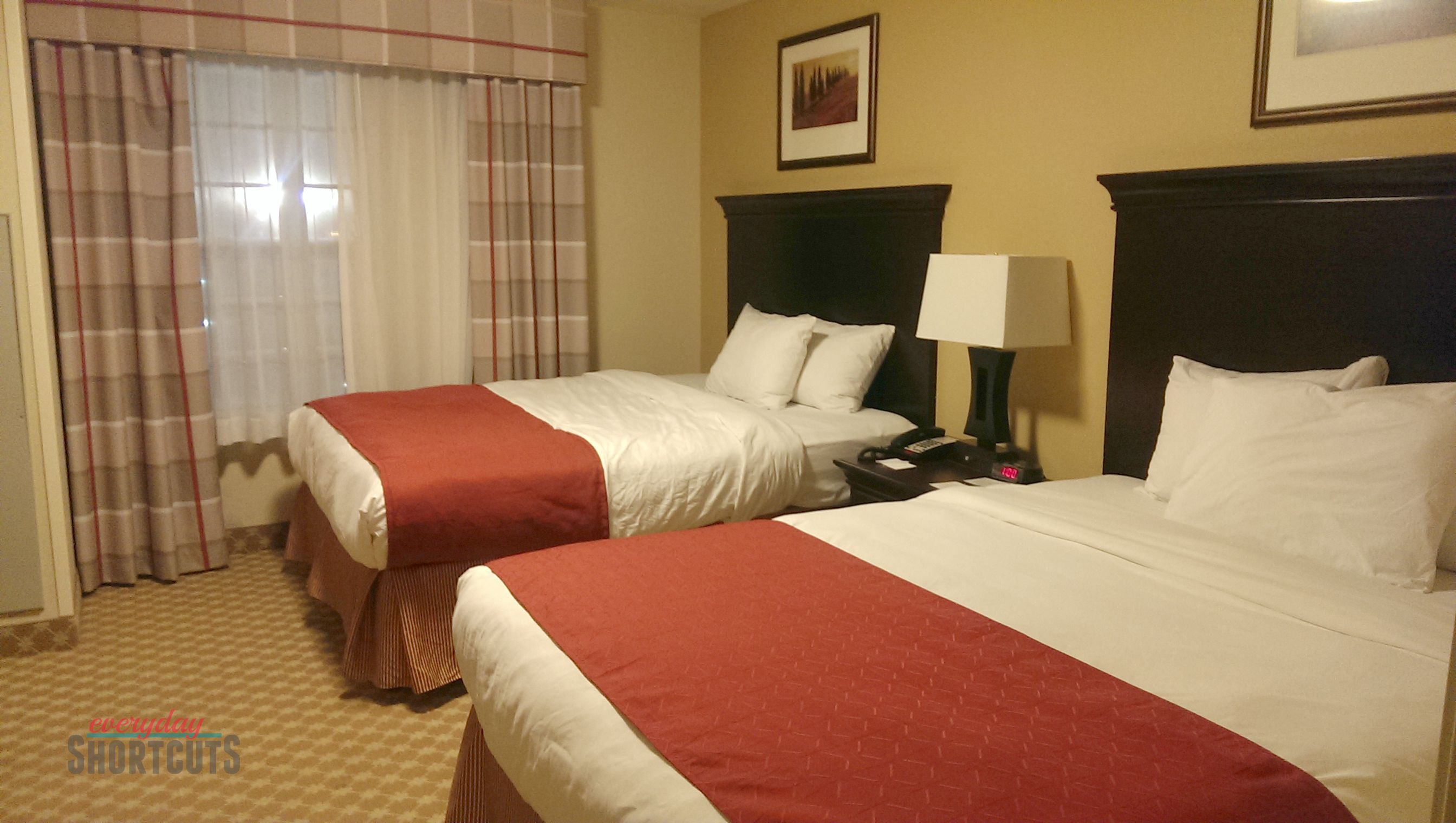 country inn & suites bedroom