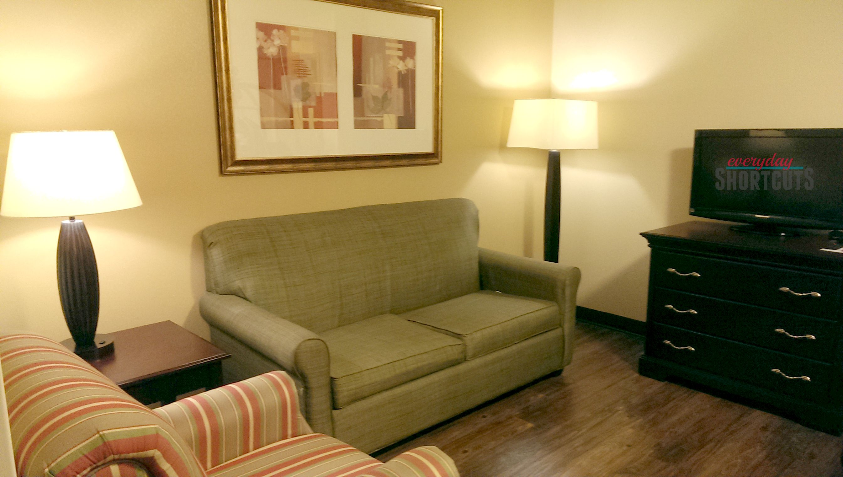 country inn & suites living area