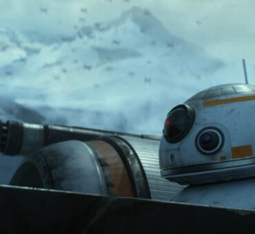 New STAR WARS: THE FORCE AWAKENS Trailer + Tickets on Sale Now