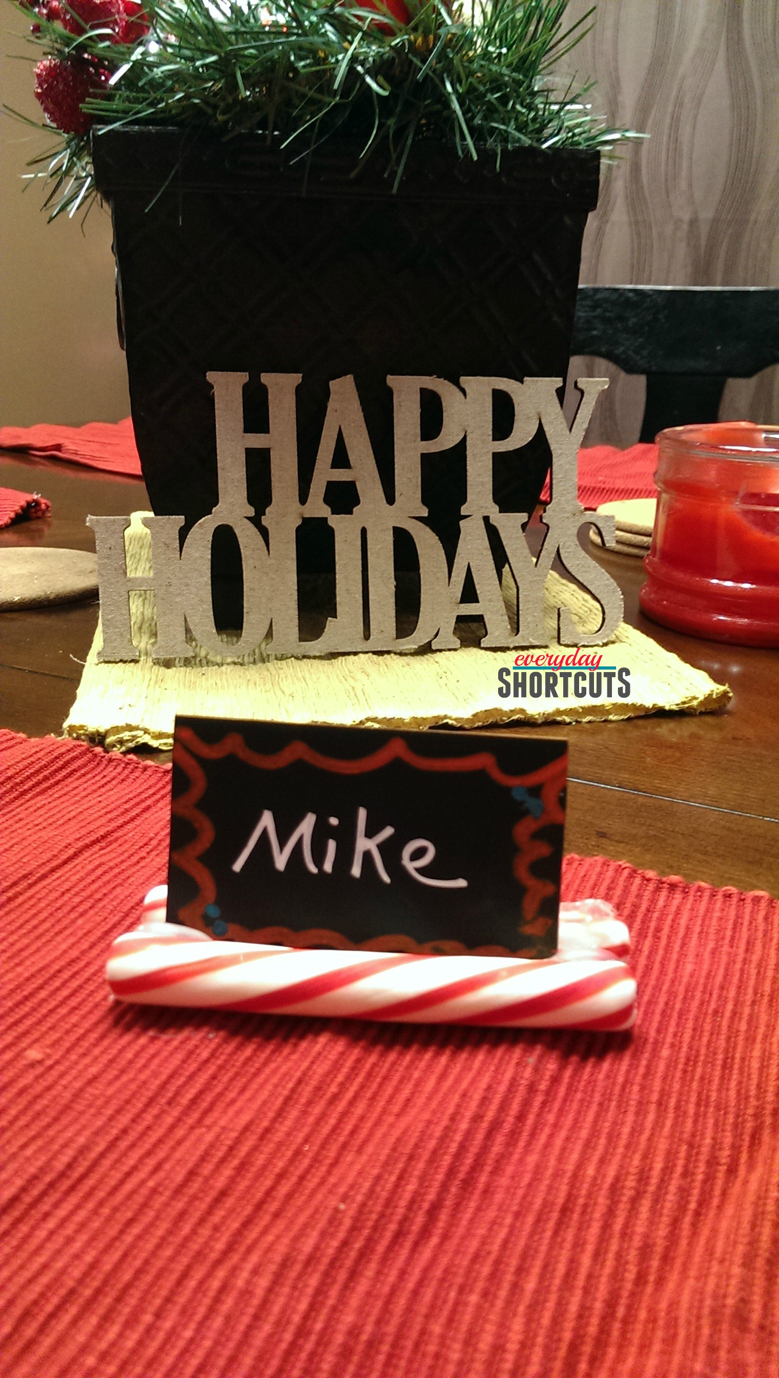 holiday place card holder with candy canes