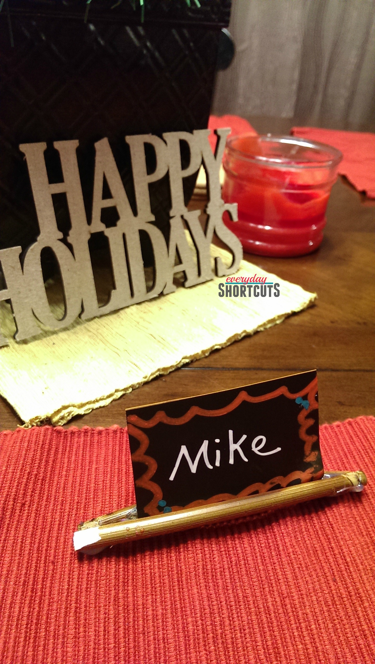 holiday-stick-place-card-holder