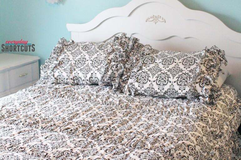 Teen Bedroom Makeover with Beddy's Zipper Bedding