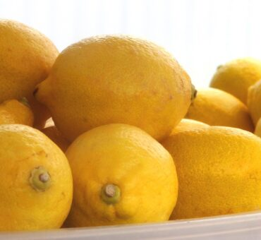 13 Uses for Lemons