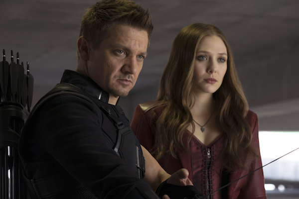 Exclusive Interview with Jeremy Renner & Elizabeth Olsen #CaptainAmericaEvent
