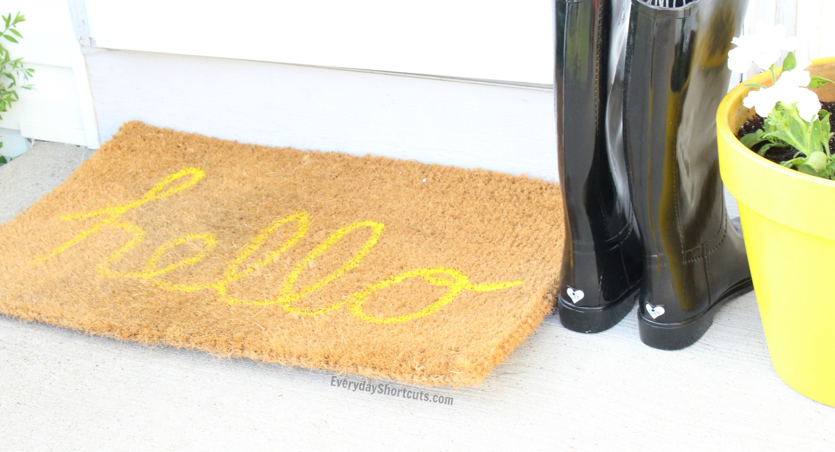 diy-outdoor-hello-doormat