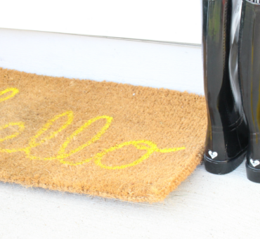 DIY Hello Doormat