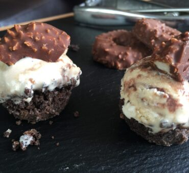 Samoas Ice Cream Bites