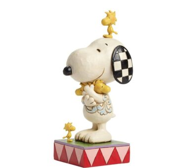 """Love Is a Beagle Hug"" Figurine by Jim Shore Giveaway"
