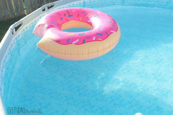 donut in pool