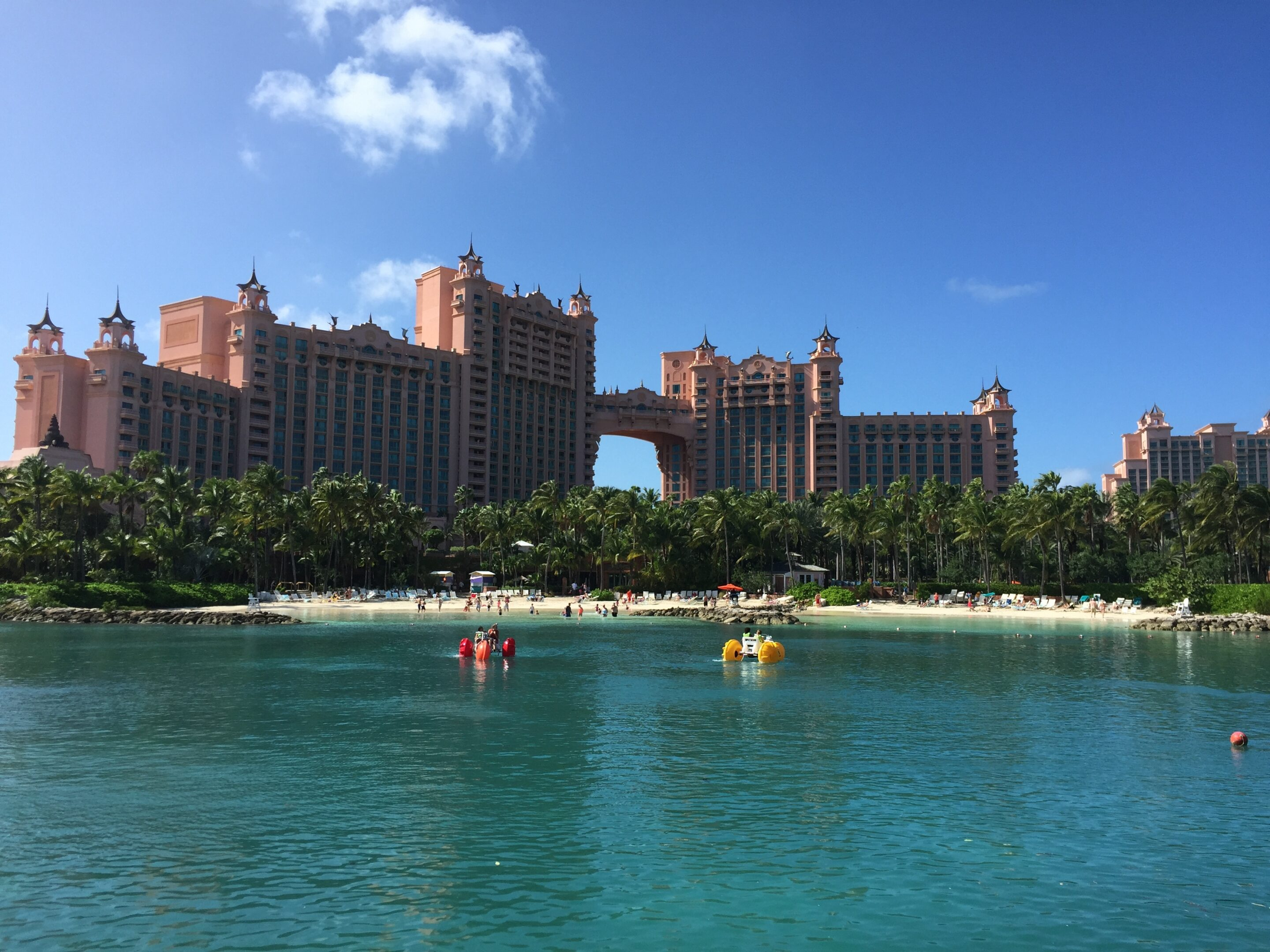 paradise-lagoon-royal-towers1