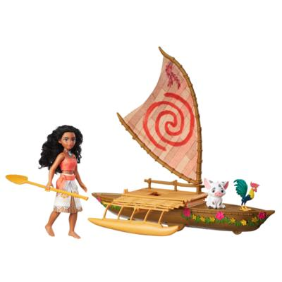 moana-toy-and-boat