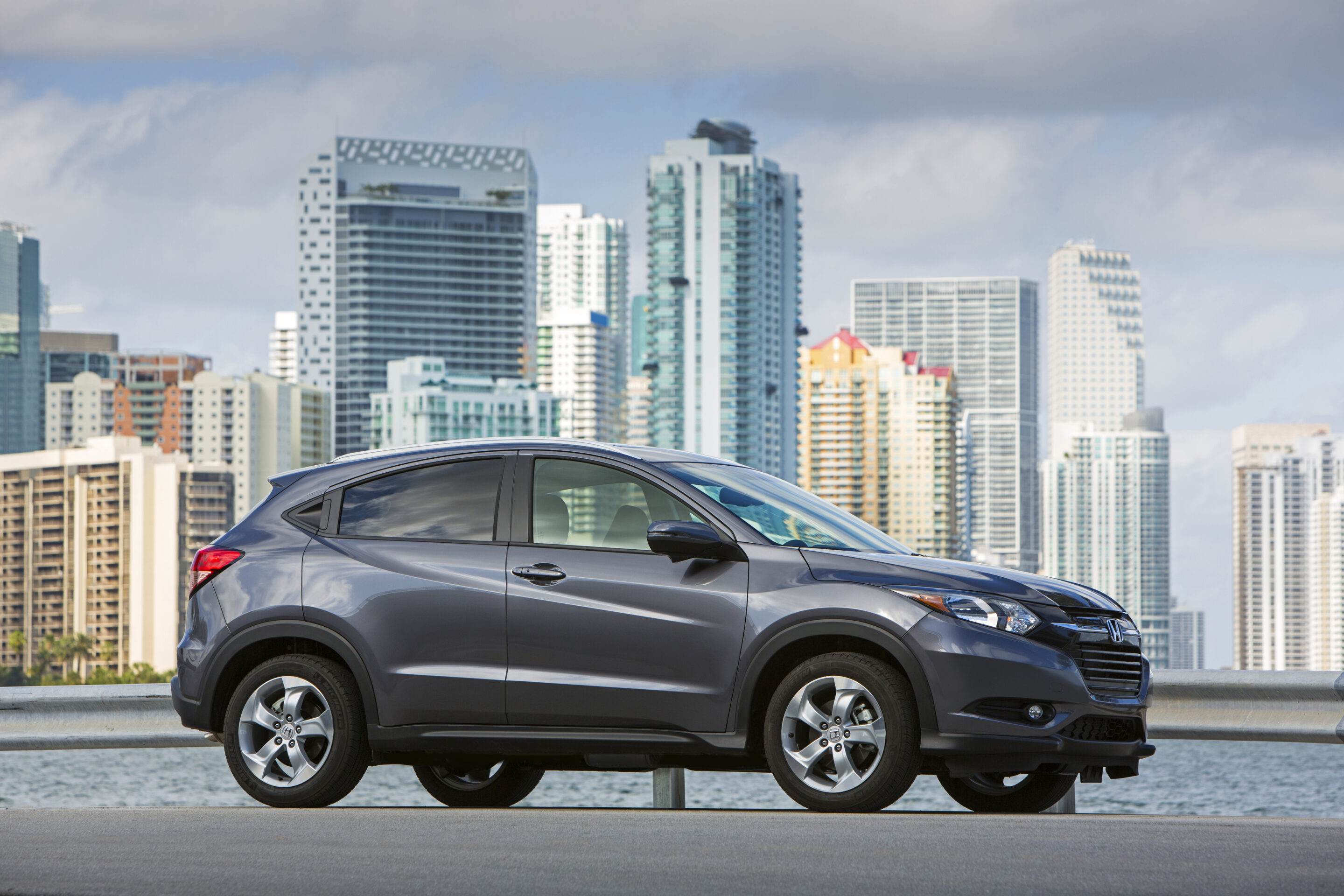 12 best family cars of 2017 everyday shortcuts for Best family pictures