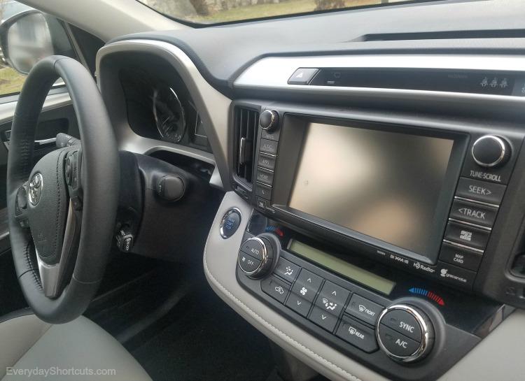2107 Toyota RAV4 interior