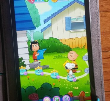 Snoopy Pop Game is Fun for the Whole Family