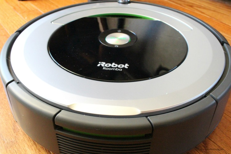 2017 Top Tech List From Best Buy Amp Irobot Roomba 690 Is On
