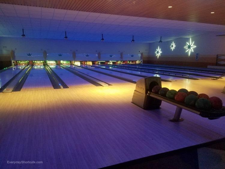 bowling-at-cabana-bay