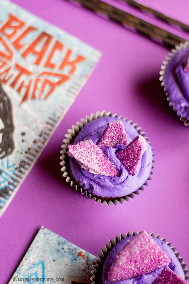 Vibranium-Cupcakes