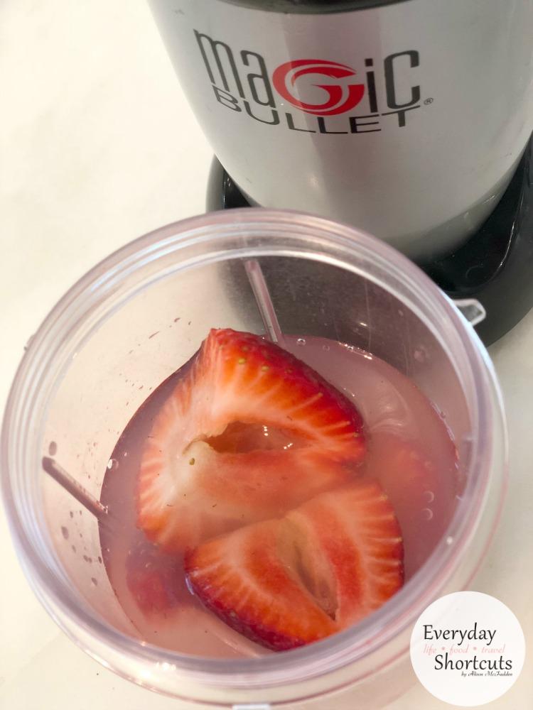 strawberry-in-blender