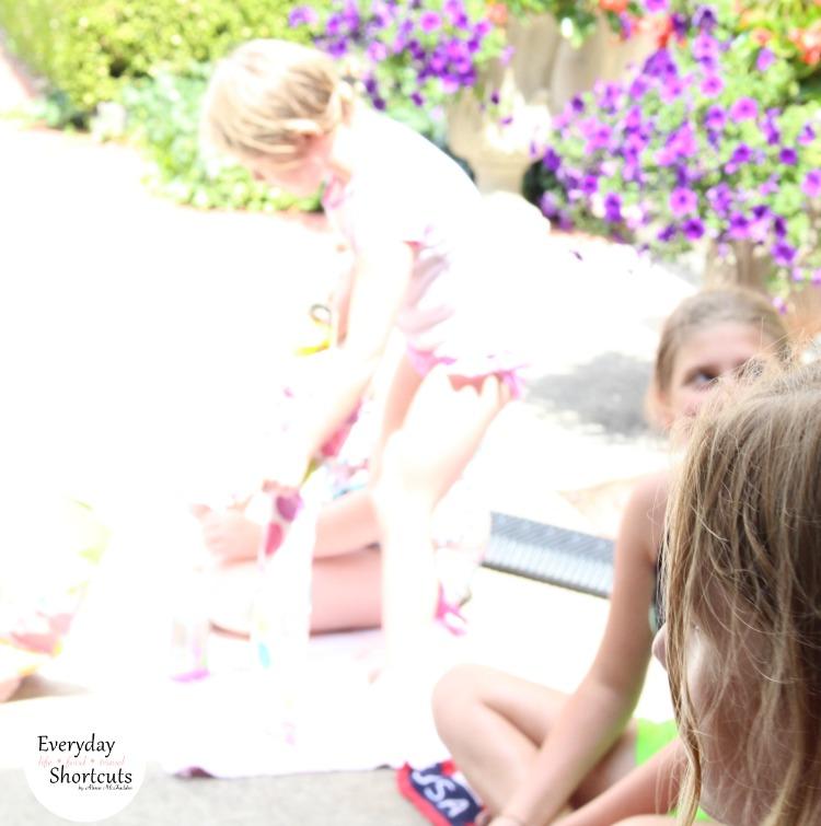 kids-at-picnic