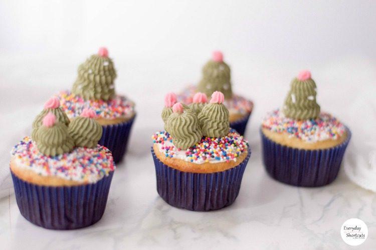 CactiCupcakes-750x499