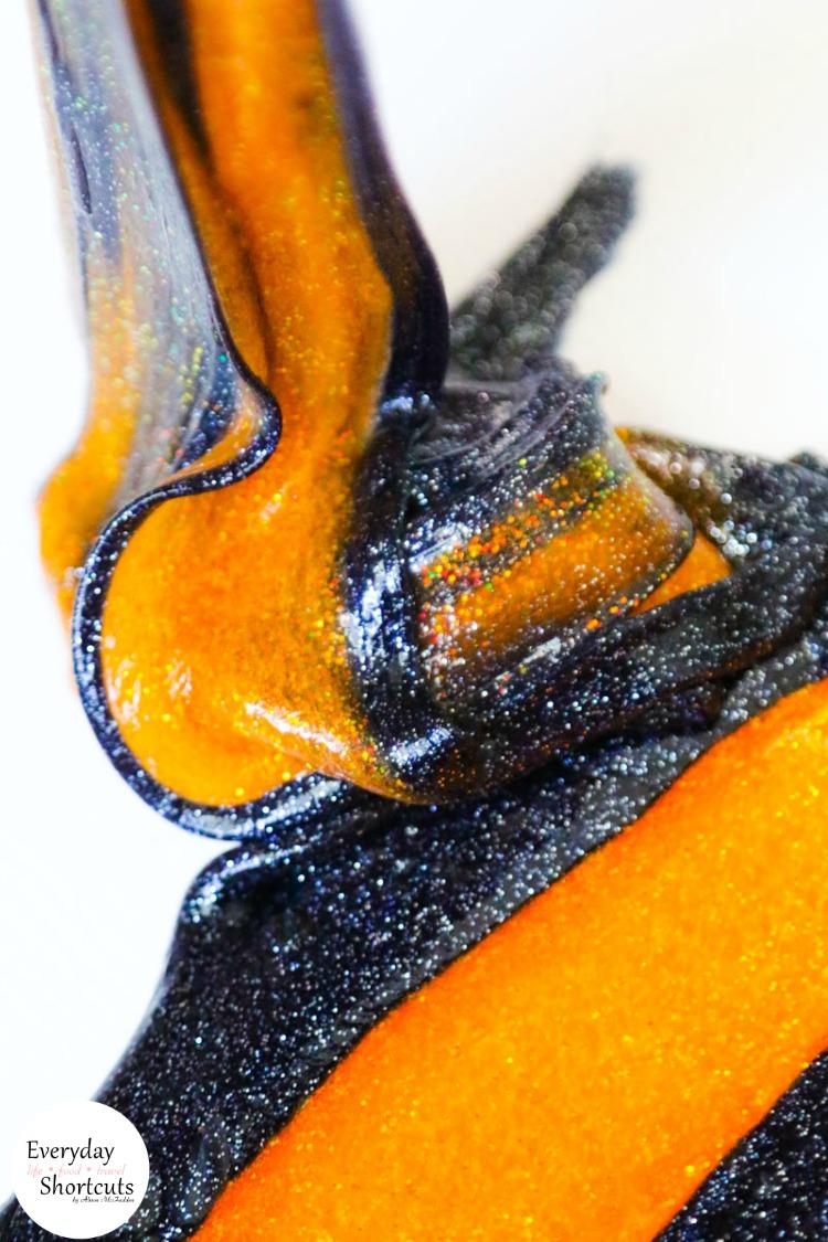 non-borax-glitter-halloween-slime