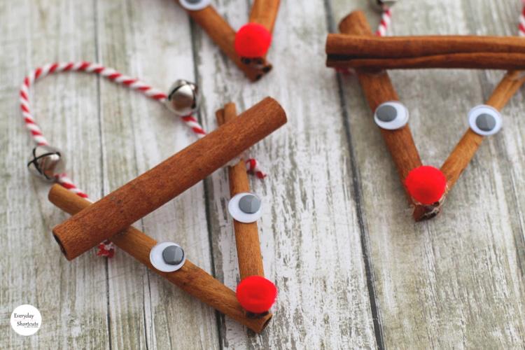 Rustic-Rudolph-Ornament-finish