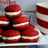 Red-Velvet-Whoopie-Pie-930x624-200x200