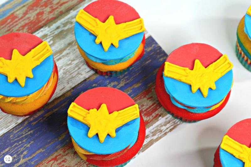 Captain-Marvel-Cupcake