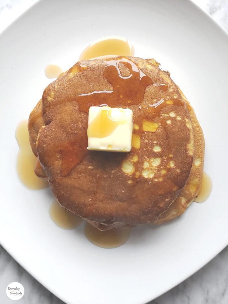 Fluffy-Keto-Pancakes-2-735x980