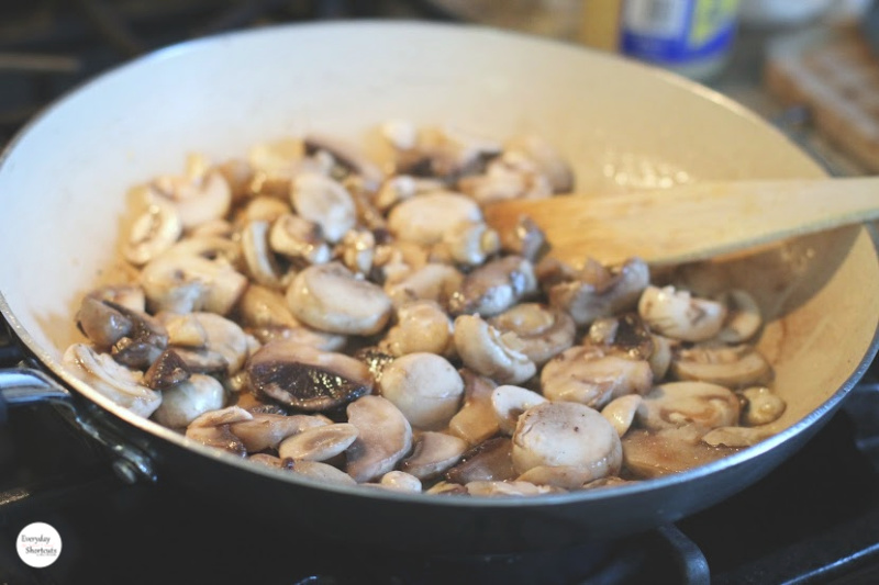 mushrooms-cooking