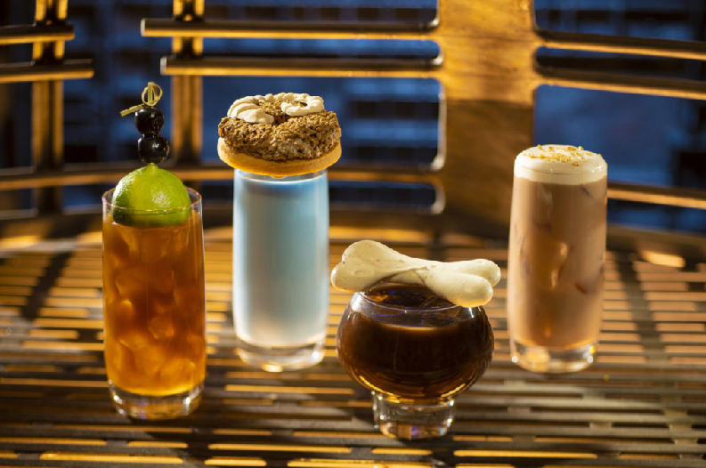 Oga's-Cantina-Breakfast-Beverages