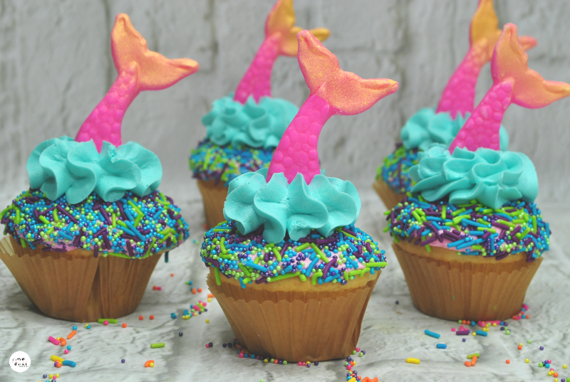 Fondant-Mermaid-Tails