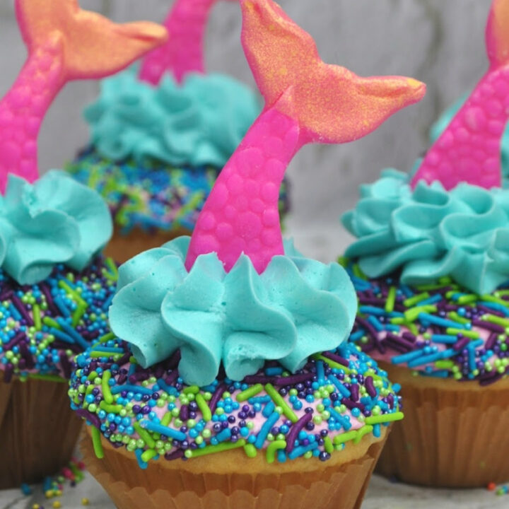 Mermaid-tail-cupcakes-for-birthday-parties-720x720