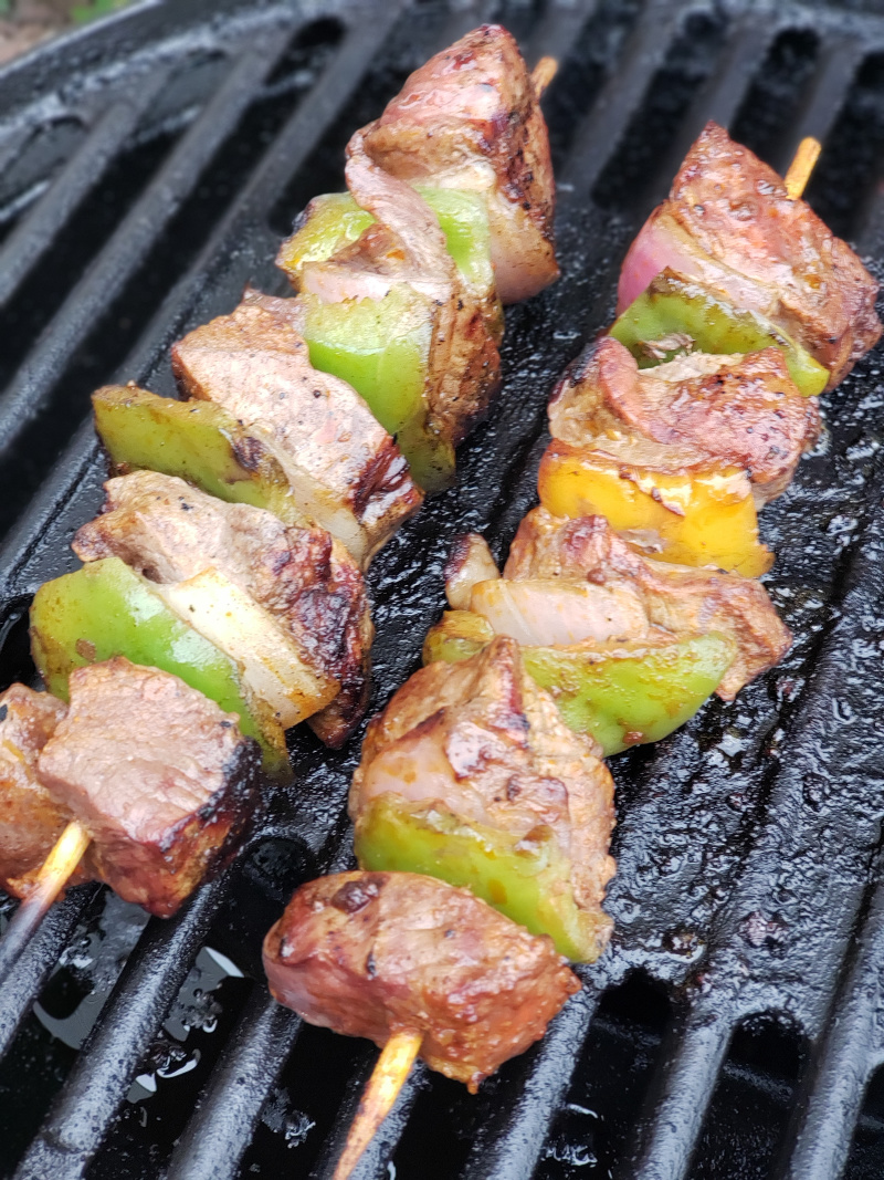 steak-skewers-on-the-grill