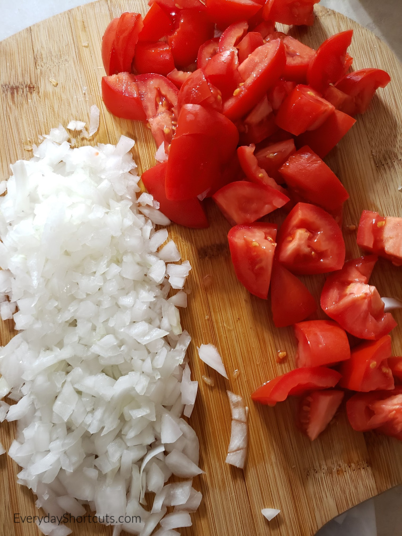 chopped-tomatoes-and-onions