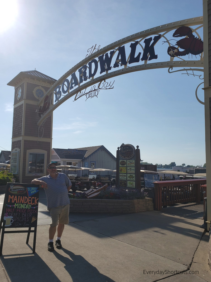 the-boardwalk-at-put-in-bay