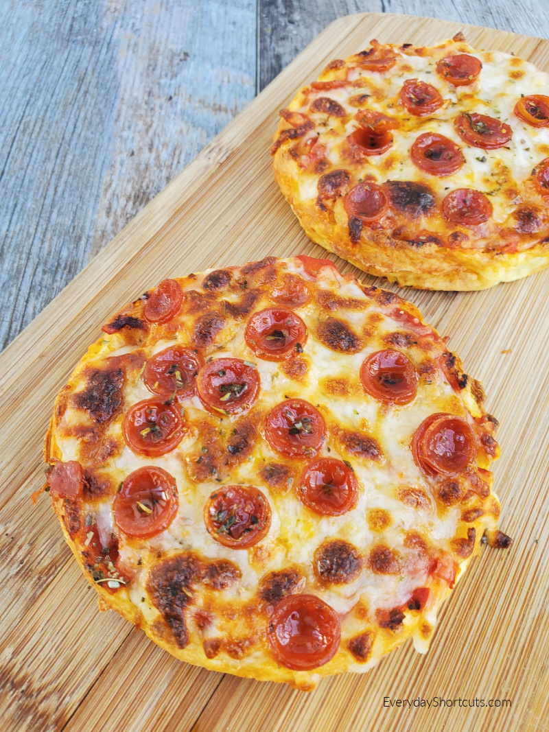 pepperoni-pizza-chaffles-recipe