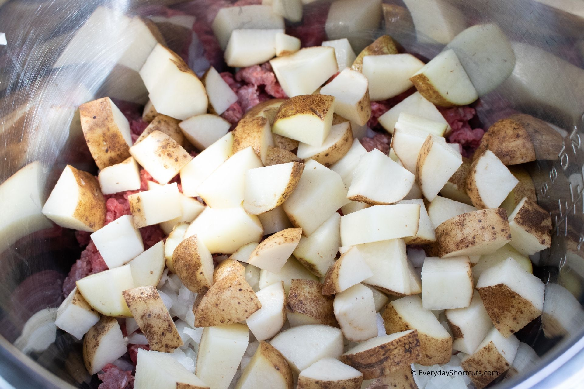 Adding-Potatoes-in-Goulash