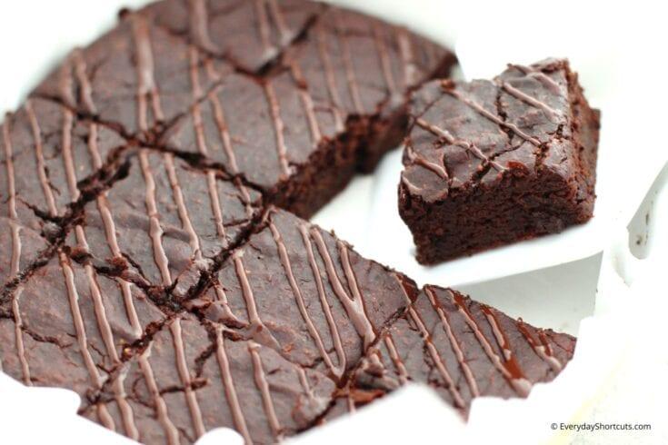 Dark-Chocolate-Zucchini-Brownies-Bars-735x490
